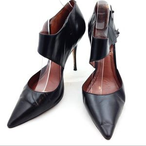 Elizabeth and James Ankle Cuff Pointy Toe Heels 10